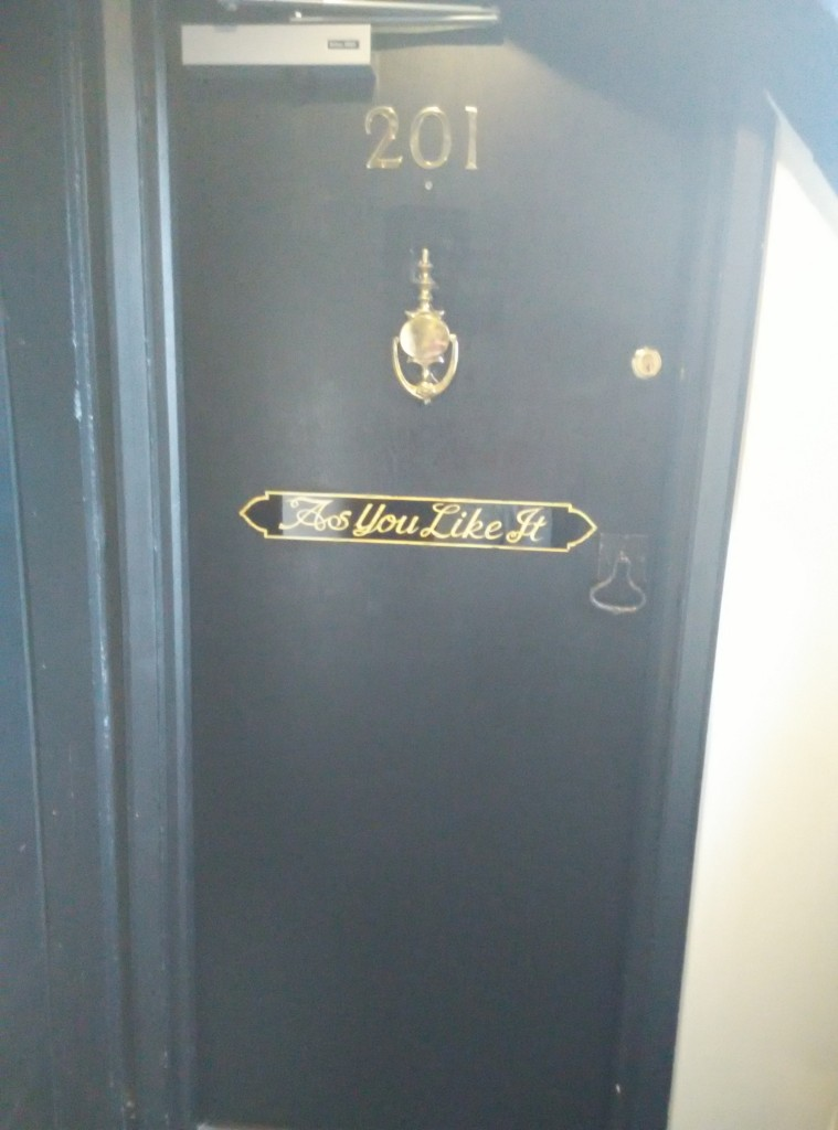 mercure-stratford-upon-avon-door