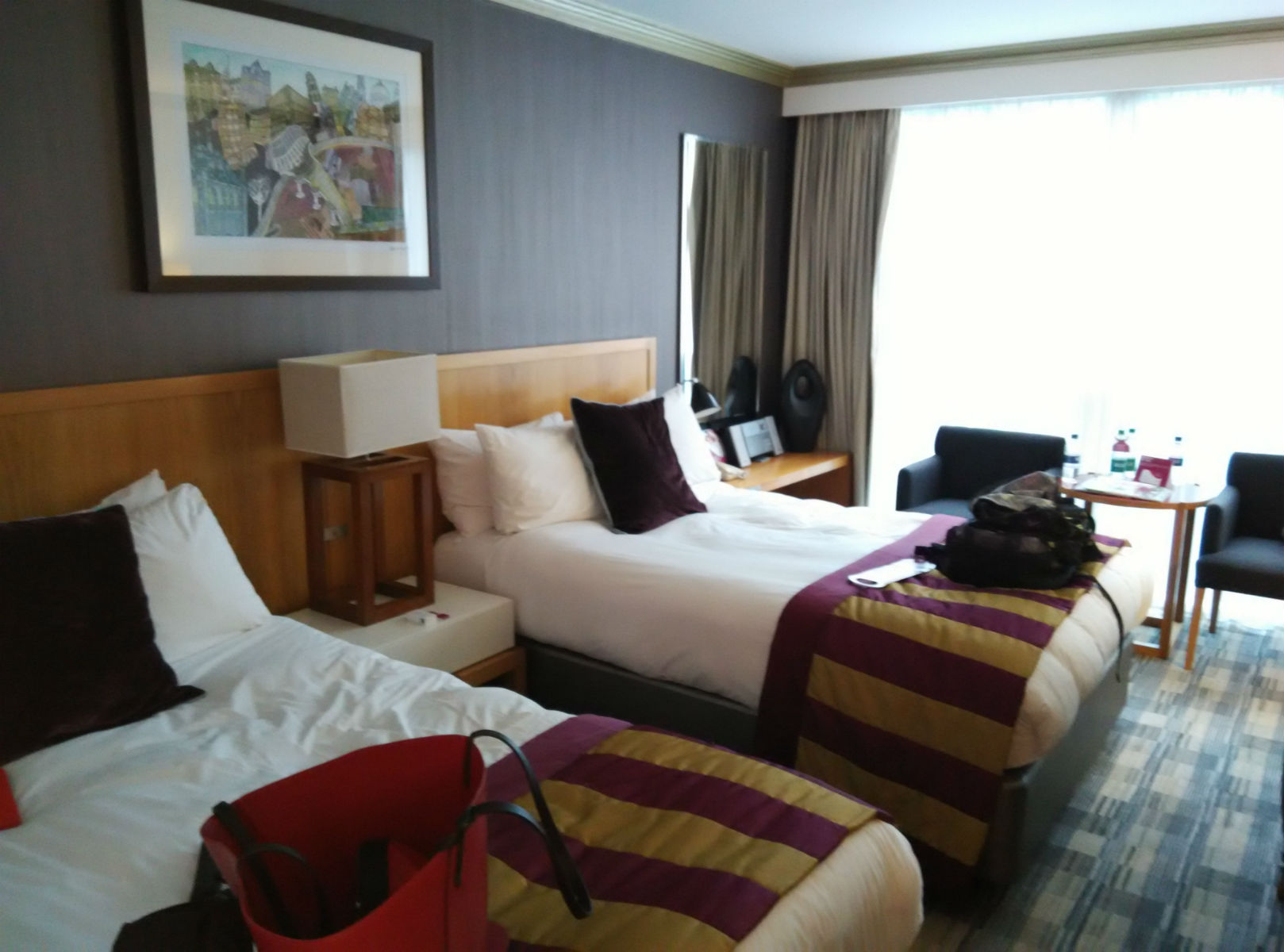 crown-plaza-london-city-room