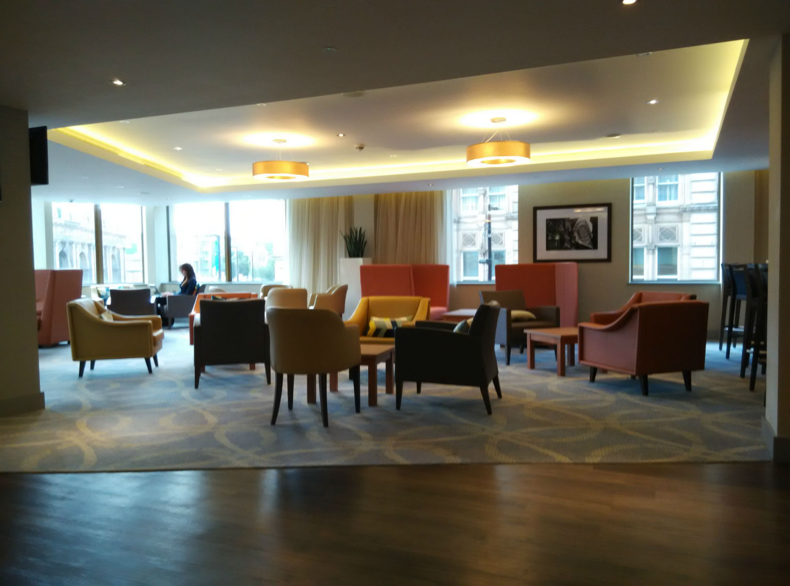 hampton-newcastle-lobby