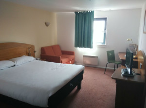 ibis-northampton-room