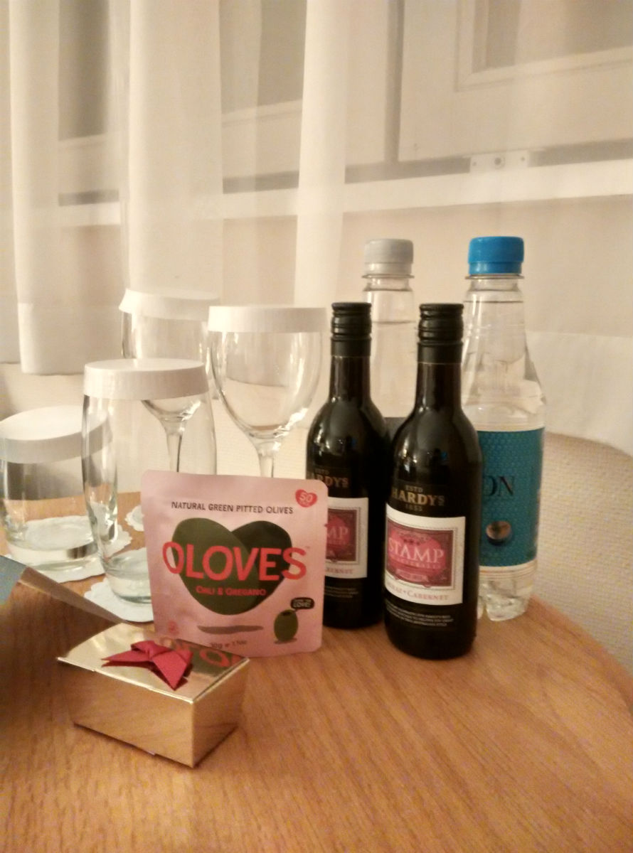 hilton-stansted-gift-1