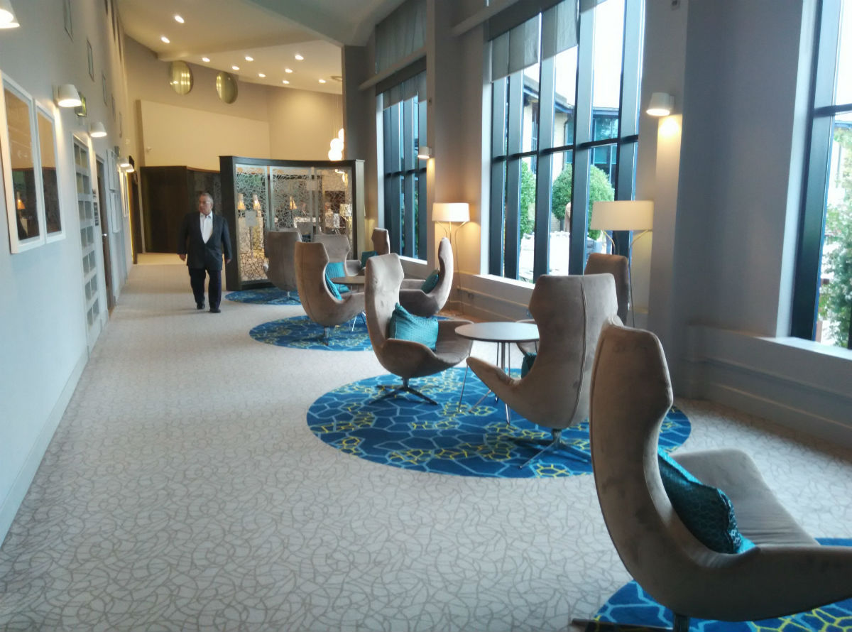 hilton-stansted-lobby