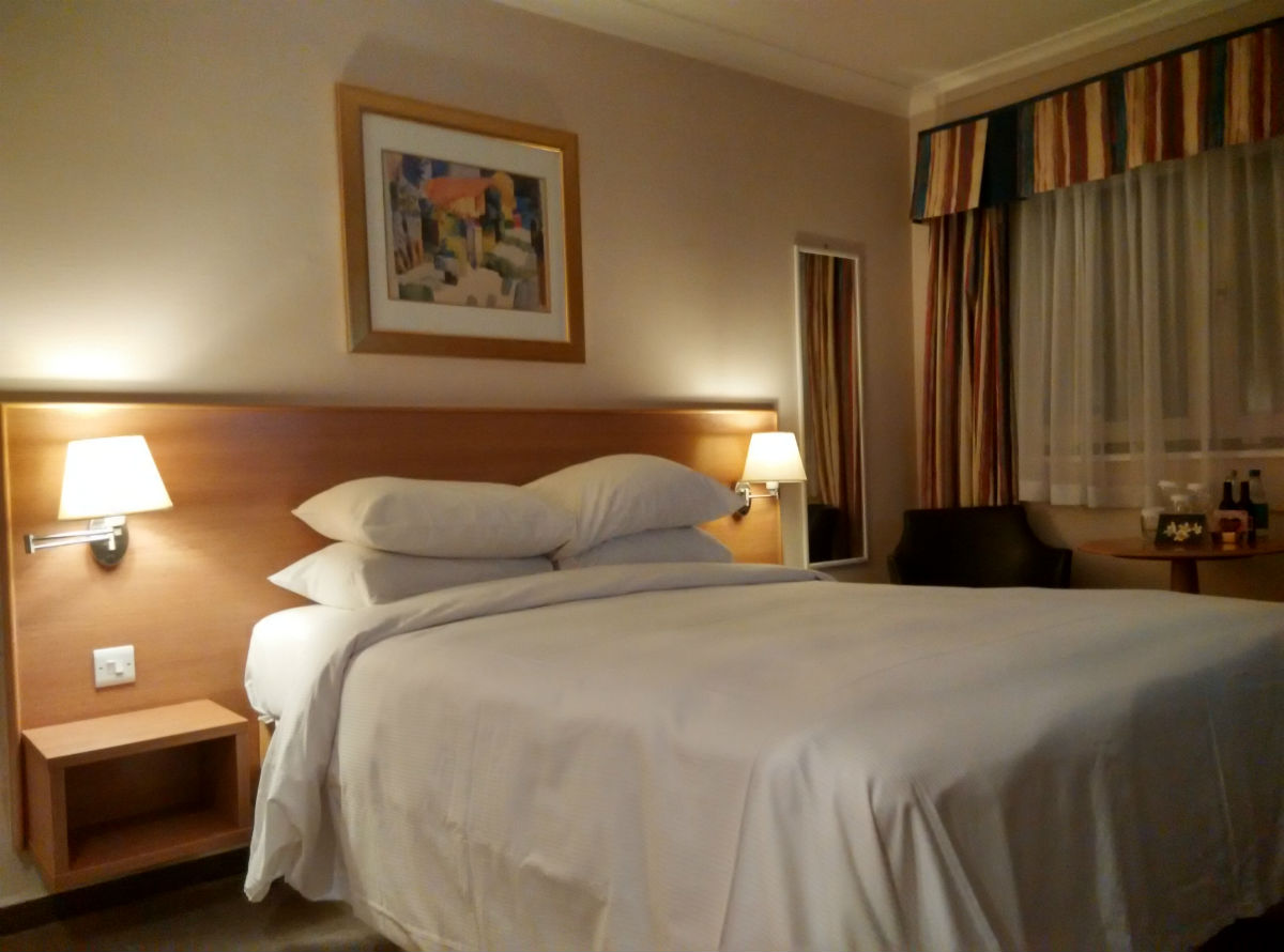 hilton-stansted-room-2
