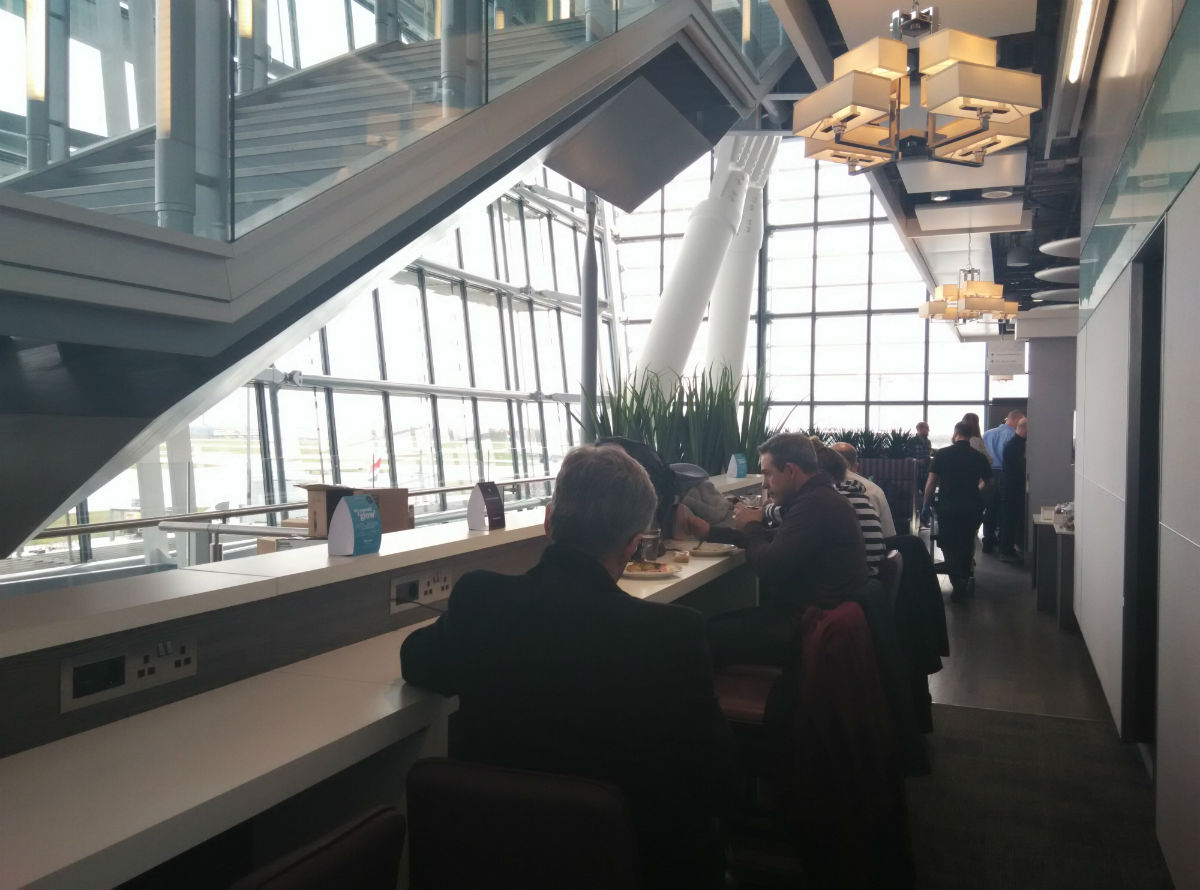 heathrow-t5-aspire-lounge-inside