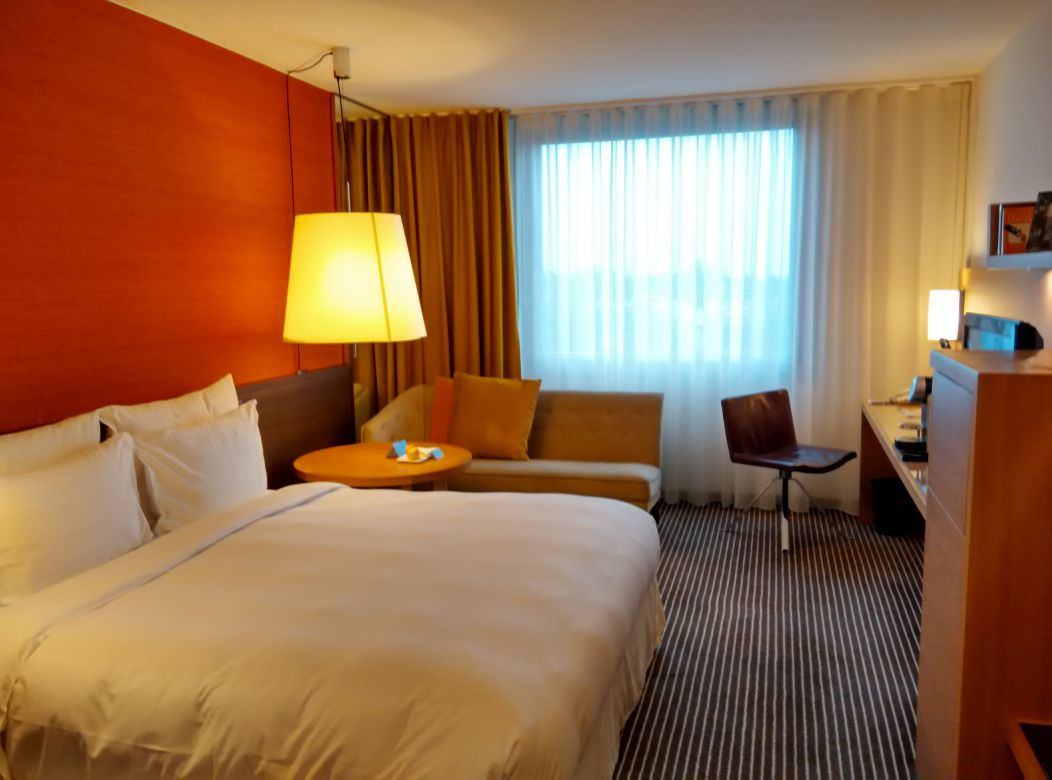 intercontinental-geneva-room-1
