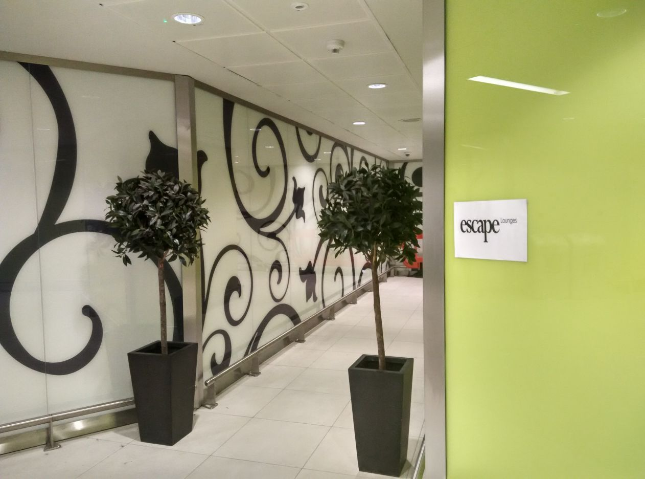 stansted-escape-lounge-entrance