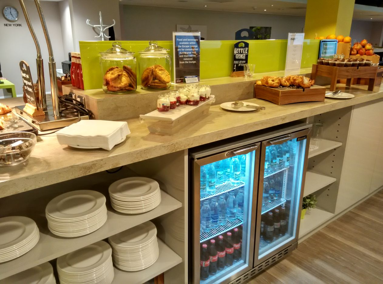 stansted-escape-lounge-food-1