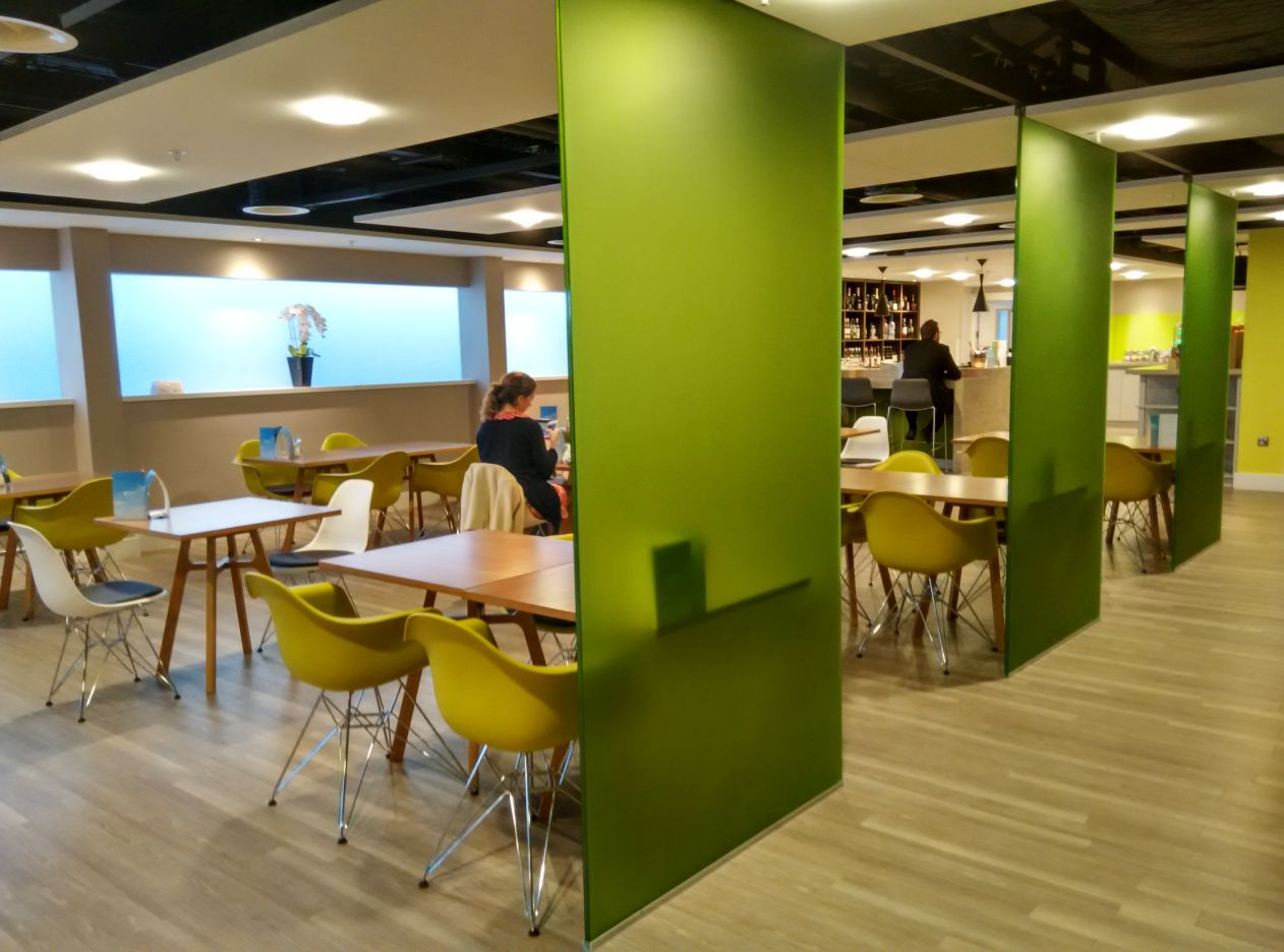 stansted-escape-lounge-lobby