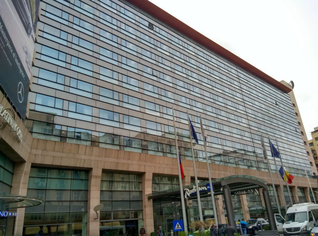 radisson-blu-bucharest-exterior