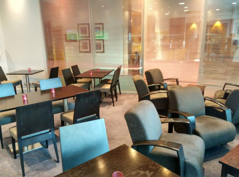 hilton-angel-islington-lounge