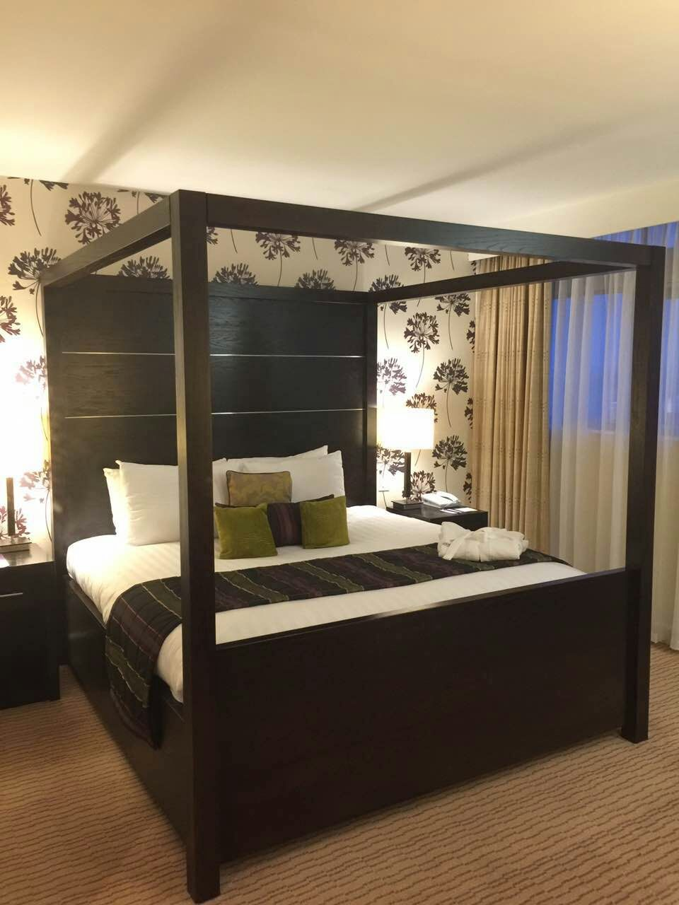 mercure-manchester-piccadilly-garden-suite-2