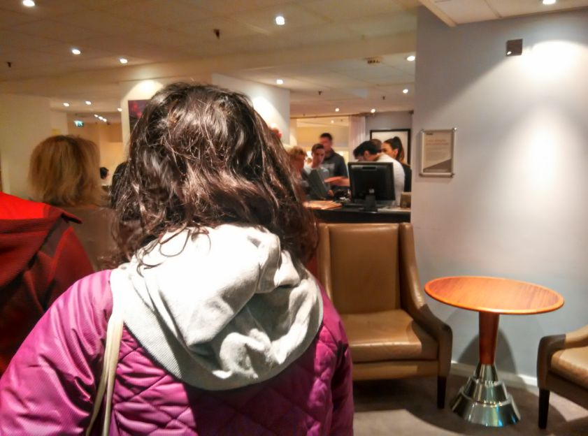 thistle-barbican-breakfast-queue