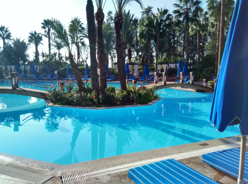 le-meridien-marrakech-swimming-pool