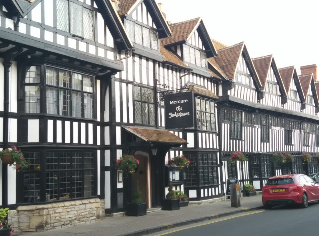 mercure-stratford-upon-avon-front