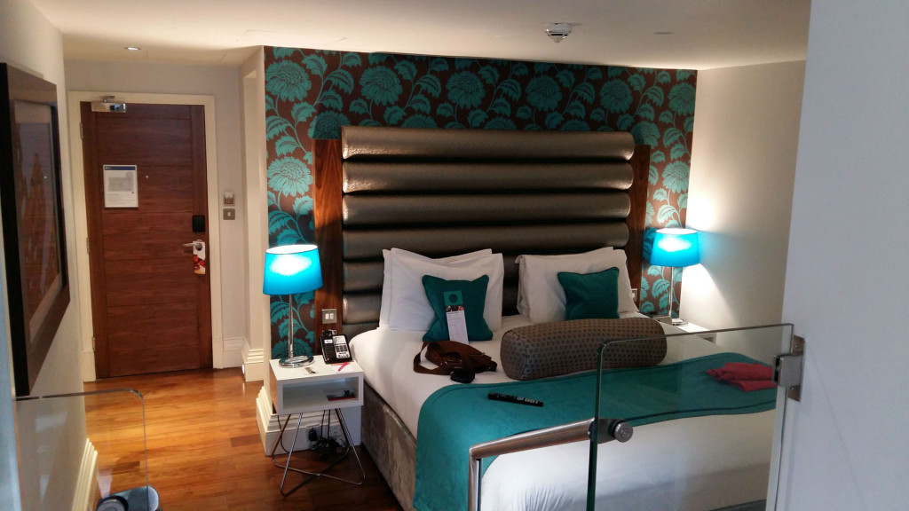 hotel-indigo-edinburgh-room-1