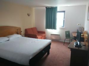 ibis-northampton-room