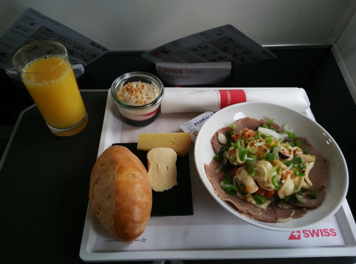 swiss-business-gva-lcy-food