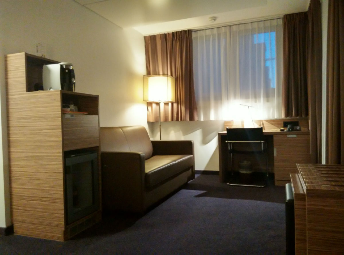 mercure-stoller-zurich-bedroom-2