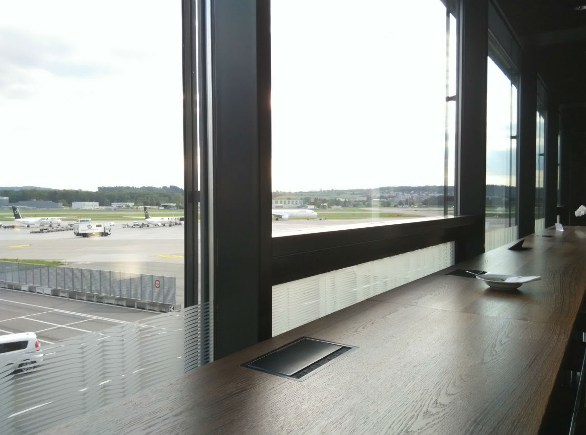 zurich-swiss-lounge-d-view-1