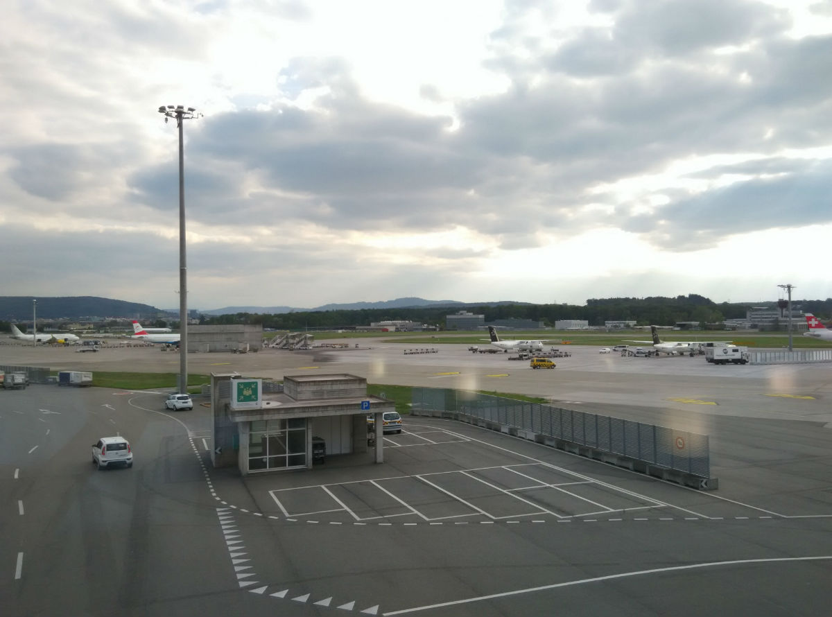 zurich-swiss-lounge-d-view-2