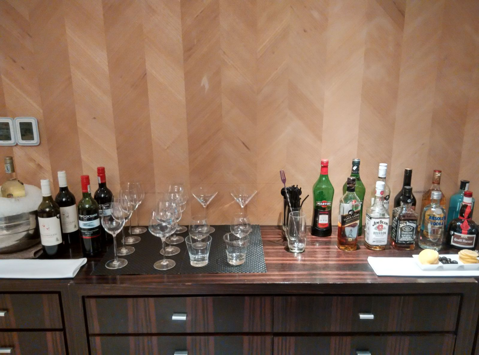 guangzhou-marriott-tianhe-lounge-drinks