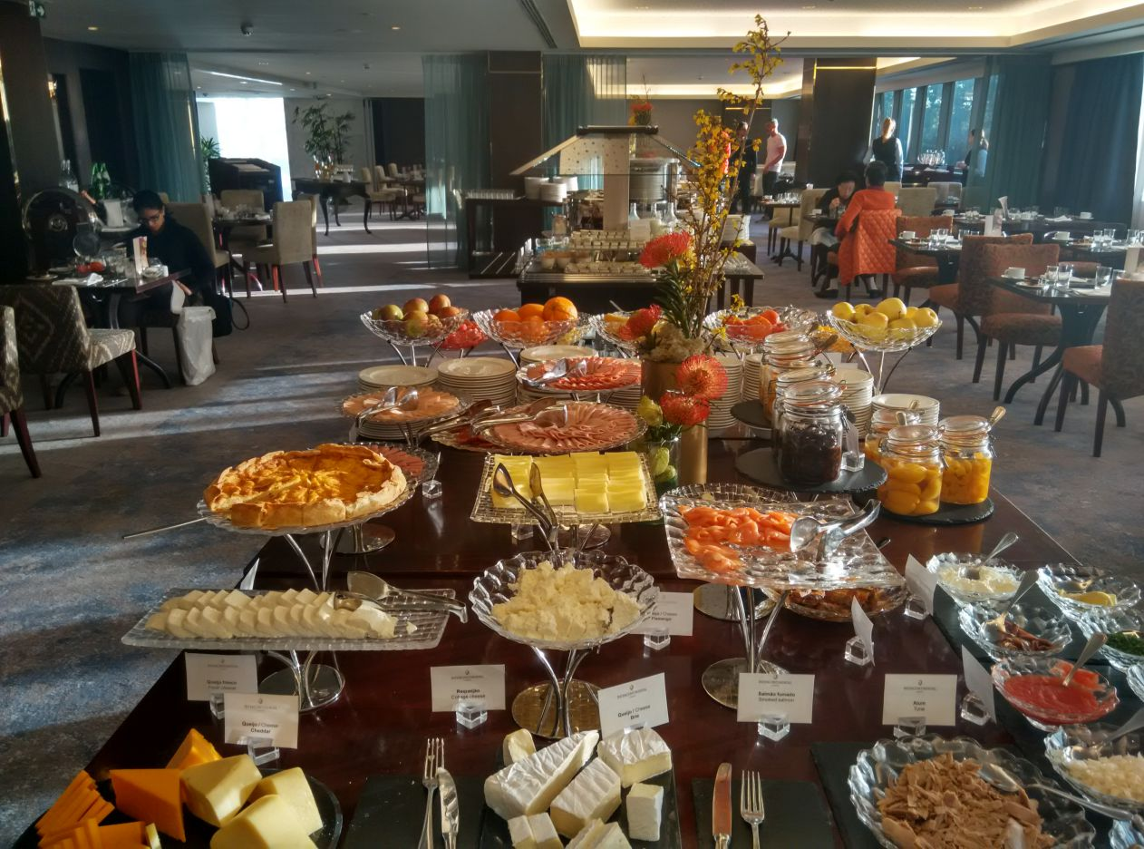 intercontinental-lisbon-breakfast-1