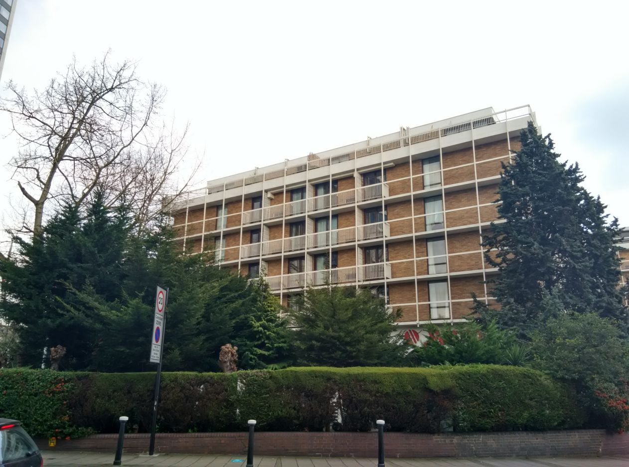 marriott-london-regents-park-building-1