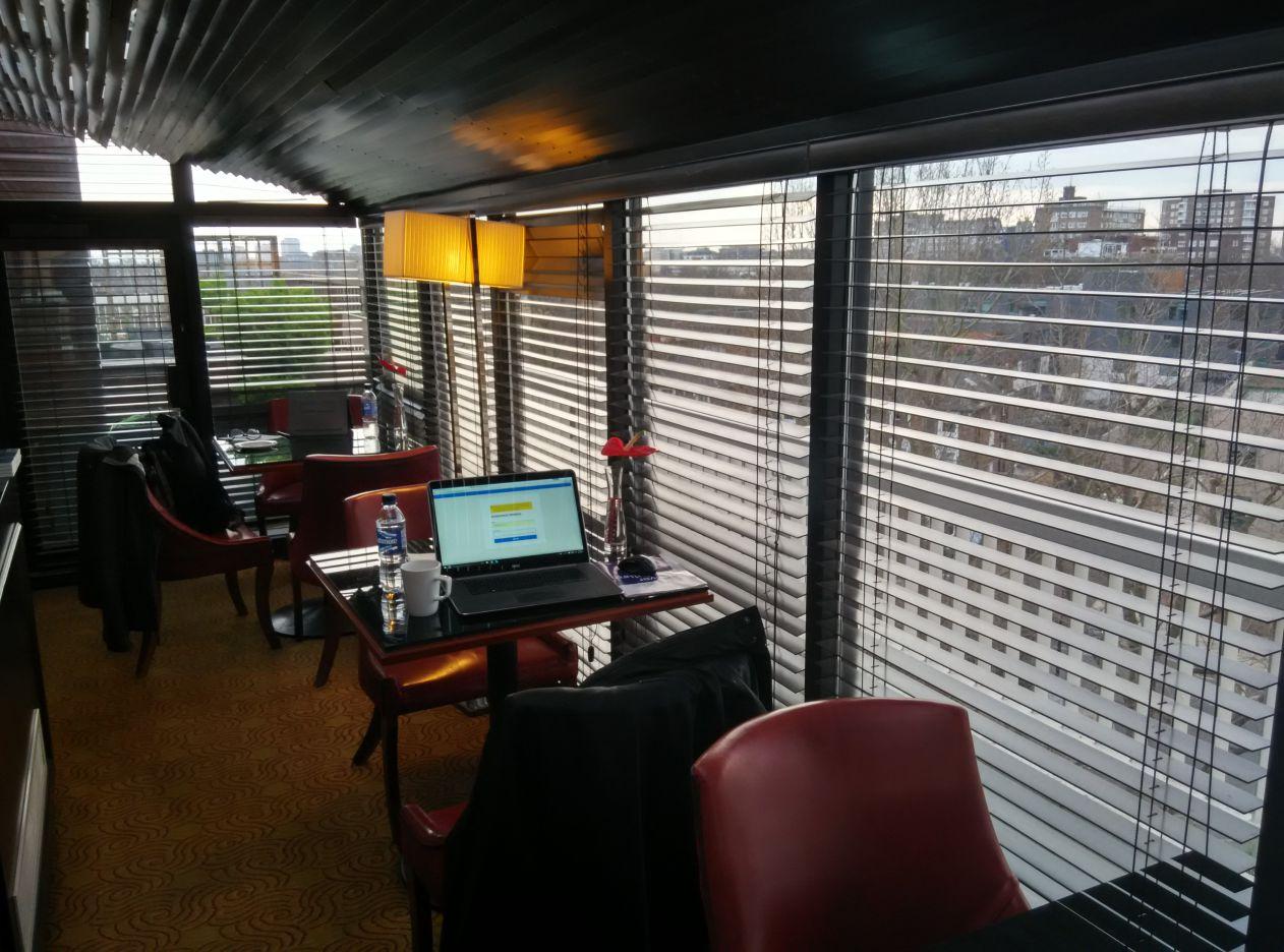 marriott-london-regents-park-executive-lounge-3