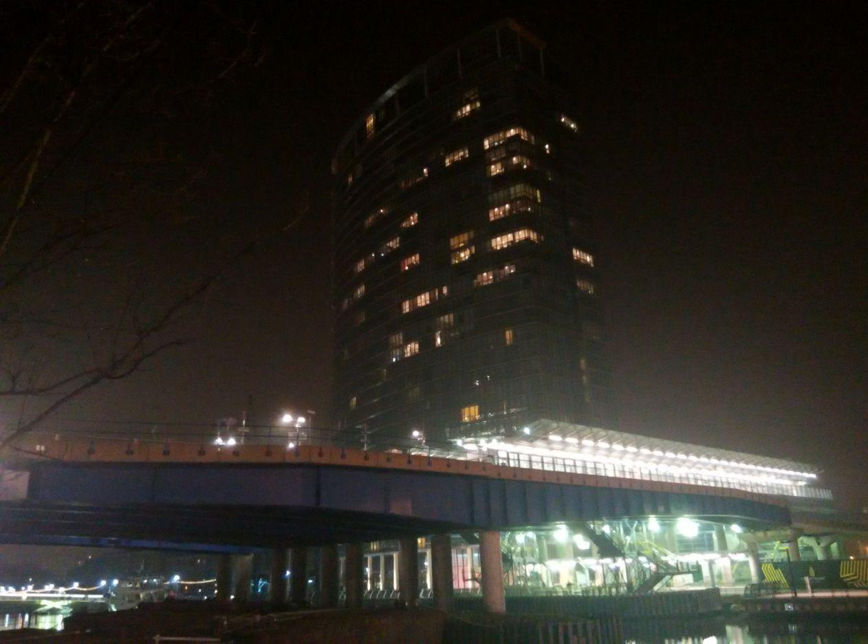 marriott-london-west-india-quay-building-2