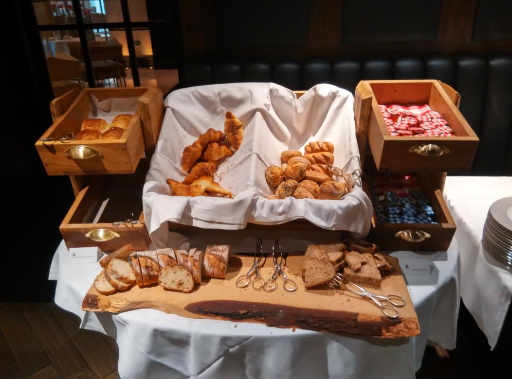 conrad-st-james-breakfast-pastry