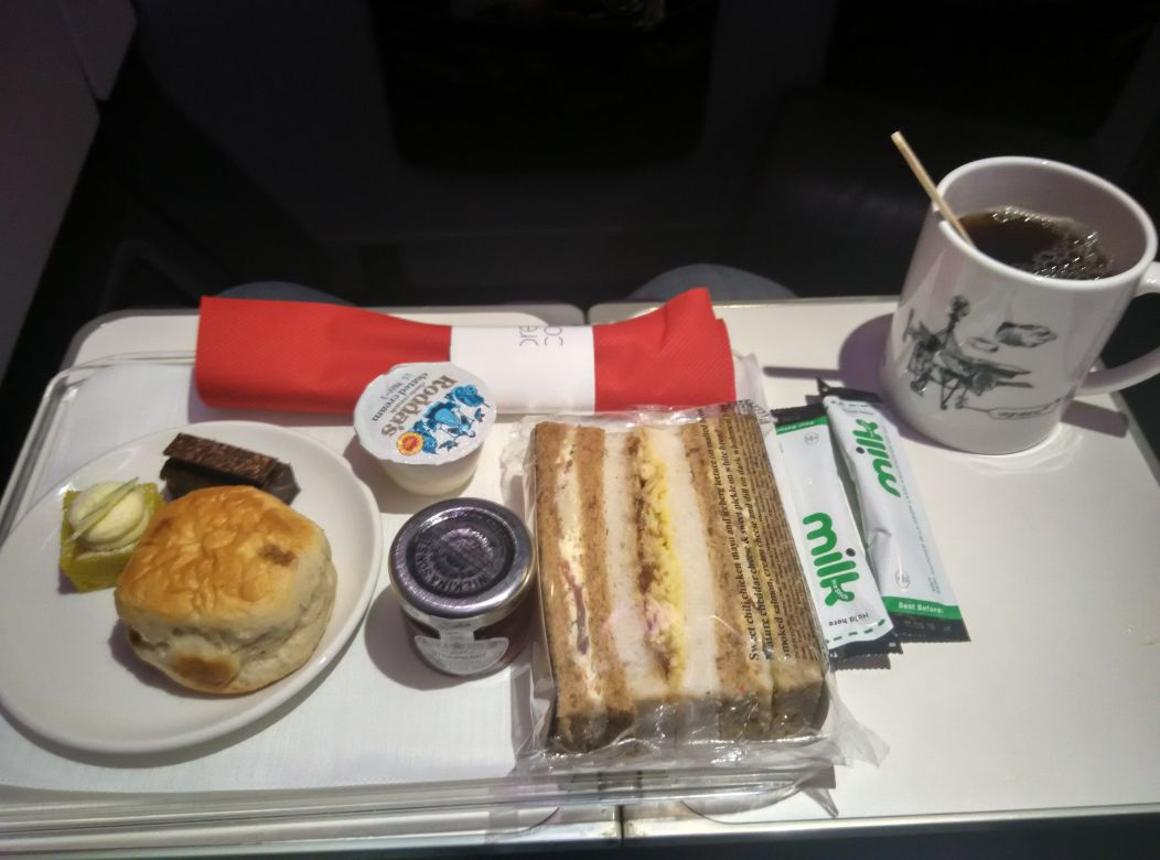 virgin-atlantic-a330-300-premium-economy-afternoon-tea