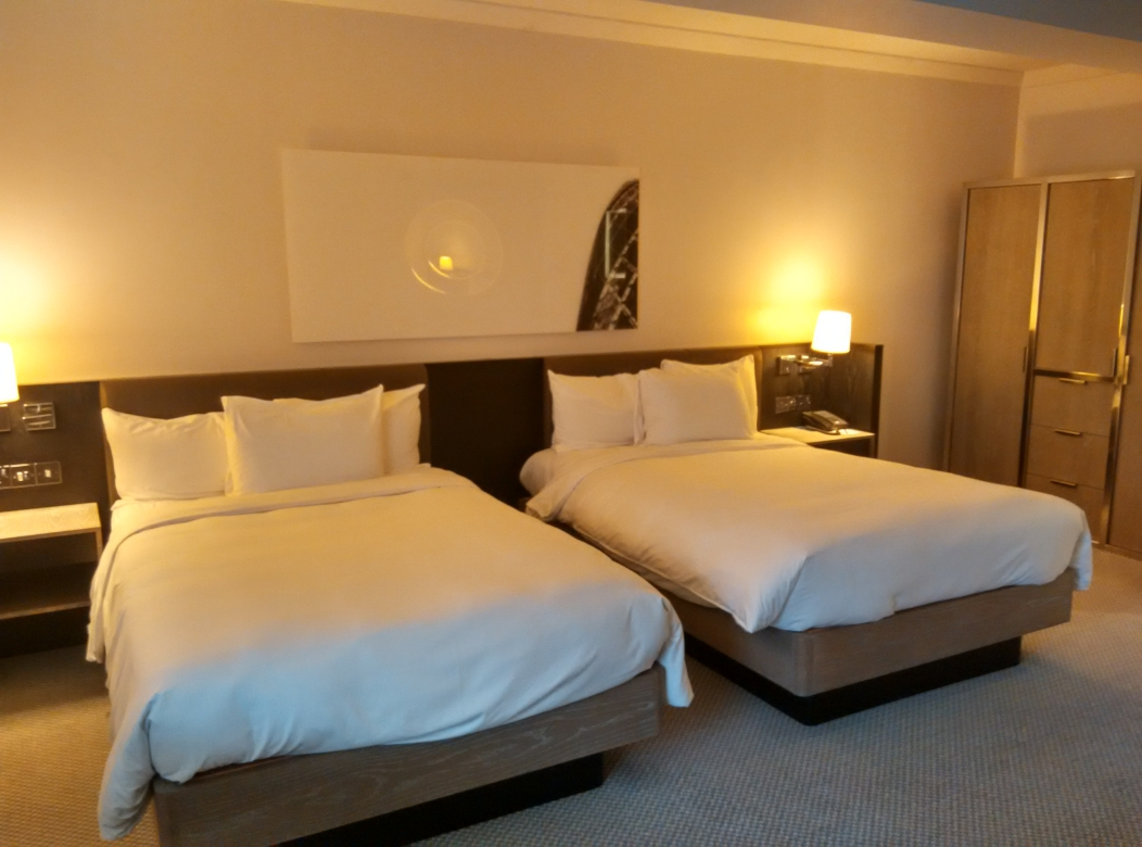 hilton-angel-islington-room-1