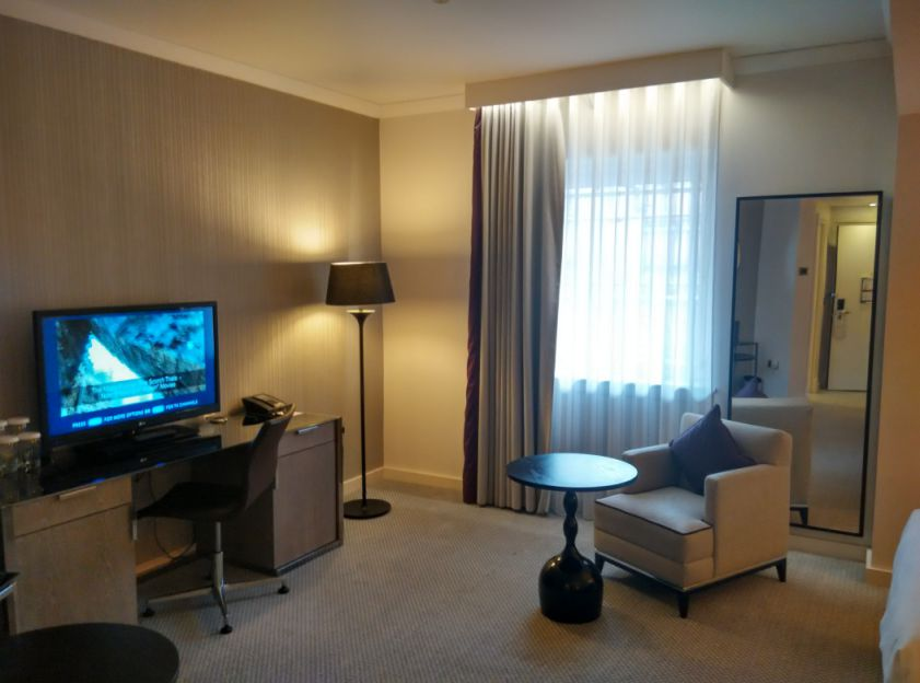 hilton-angel-islington-room-2