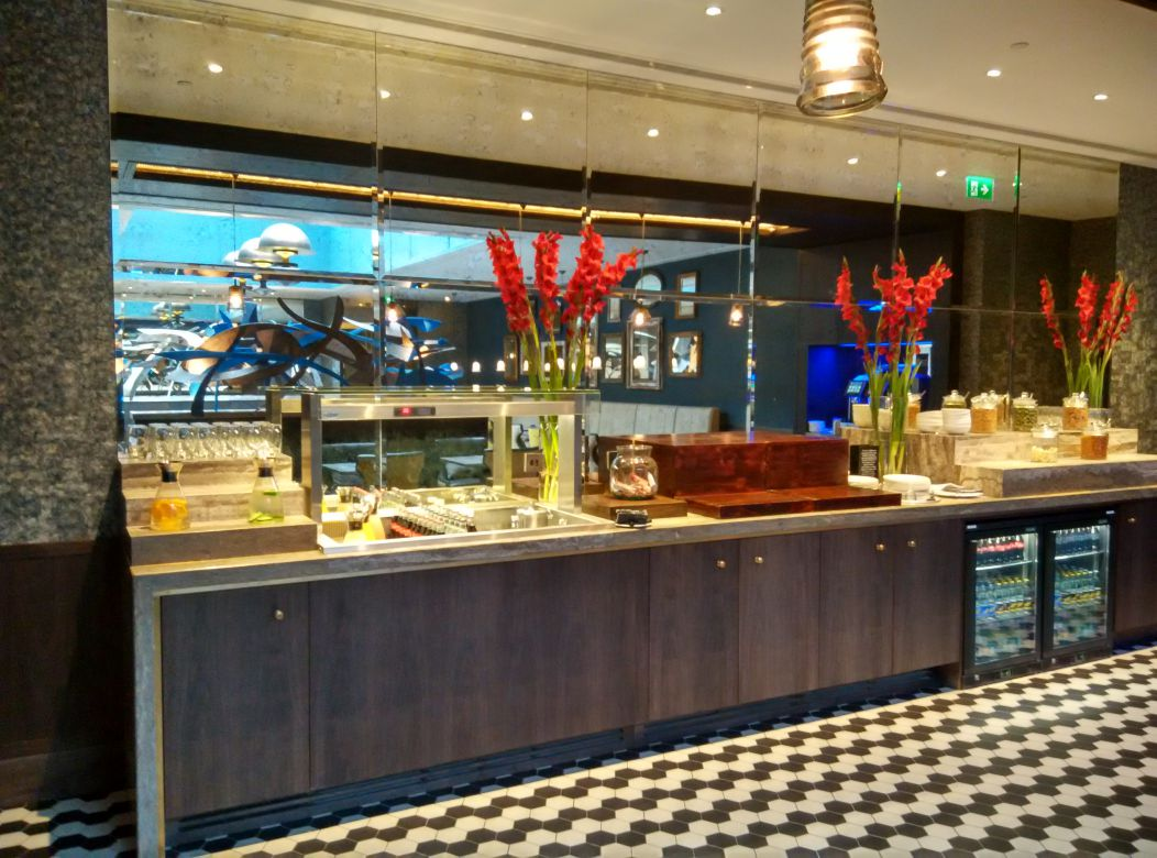 hilton-london-bankside-lounge-offering