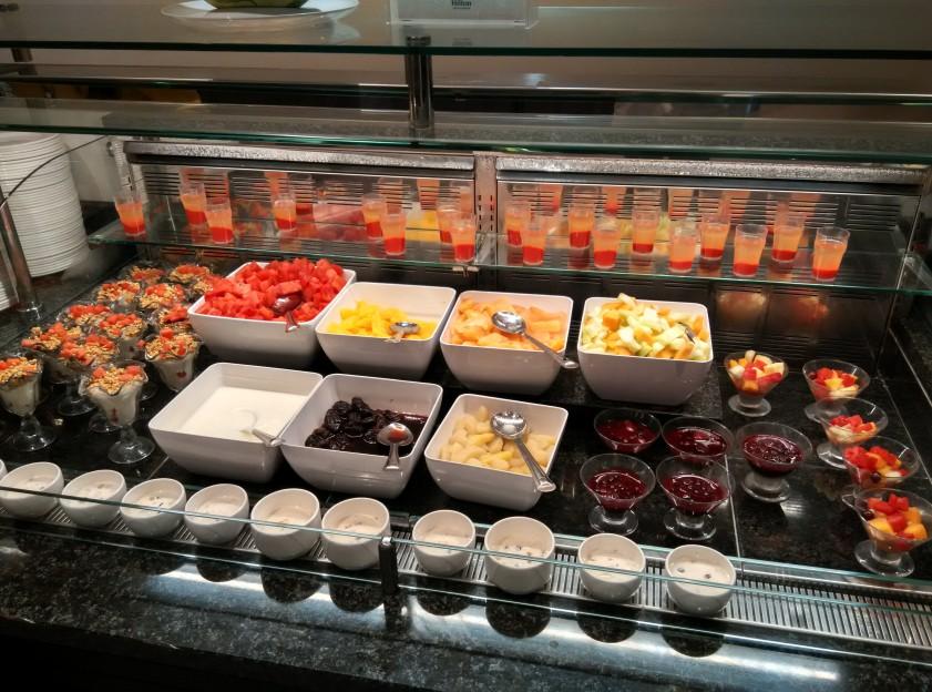 holiday-inn-wembley-breakfast-fruit
