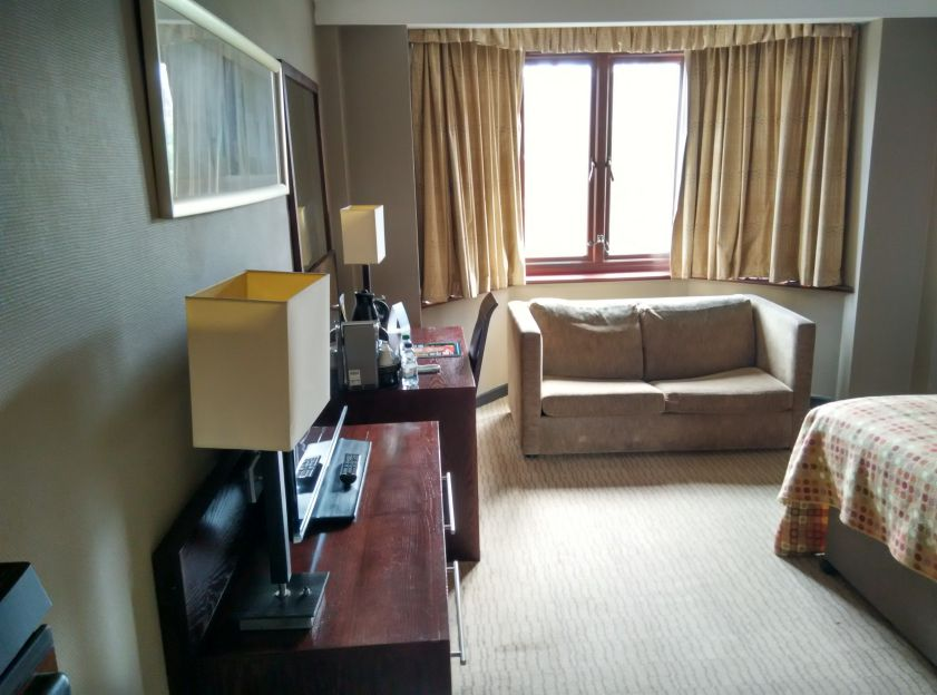 mercure-edinburgh-princes-street-room-2