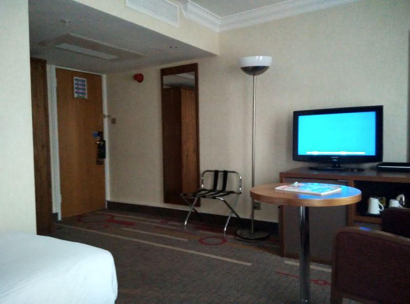 hilton-london-olympia-room-2
