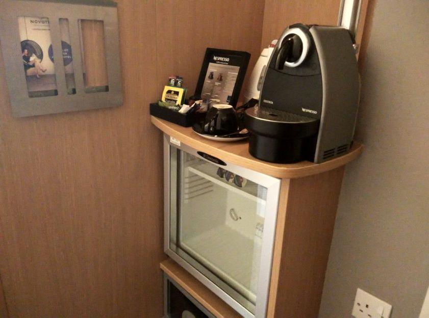 novotel-london-greenwich-minibar