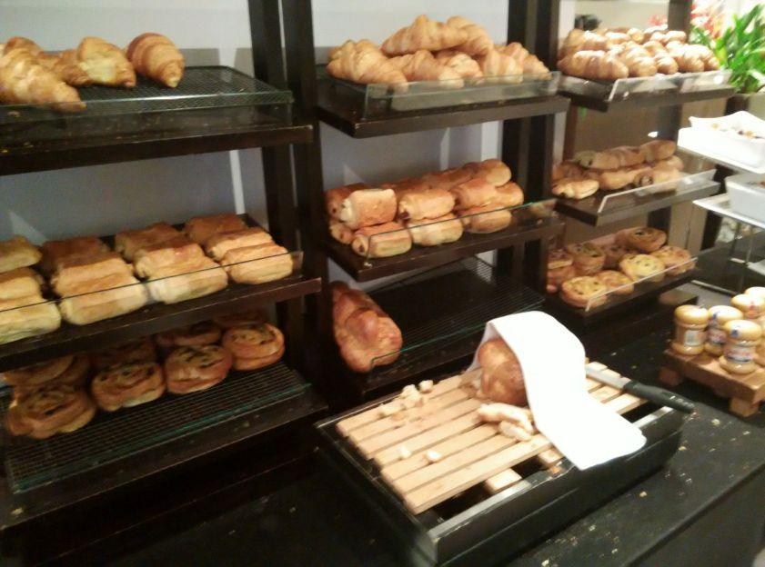 thistle-barbican-breakfast-bread